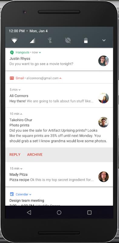 Mobile displaying bundled message notifications